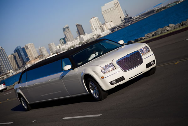 white baby bentley limo hire
